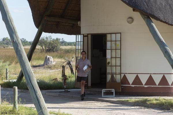 09.05. Moremi GR; wir checken in 3rd Bridge ein und erfahren, dass das Camp erst seit 5 Tagen wieder geöffnet ist.