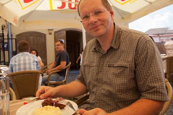 12.06. Sibiu, Mittagessen im Café Wien