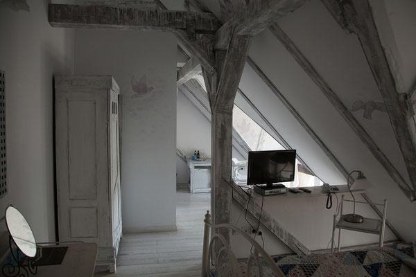 14.06. Heute übernachten wir im schönen Landhotel Conacul Archia nahe Deva.