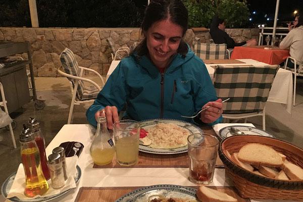 19.09. In Molunat essen wir sehr gut zu Abend.