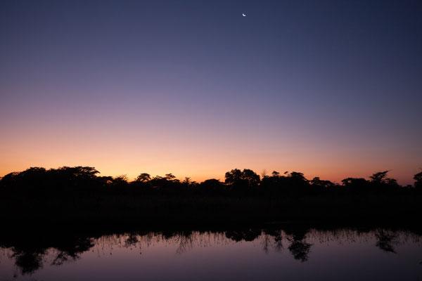29.4. Sonnenuntegang im Kamp Kwando.