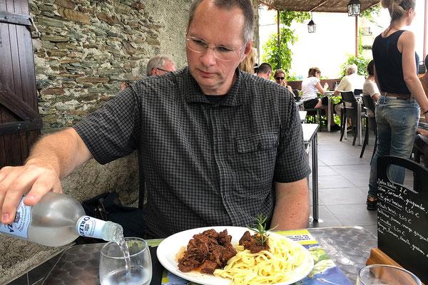 29.05. Mittagessen in Nonza