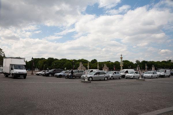 12.06. Place de la Concorde: Verkehr!