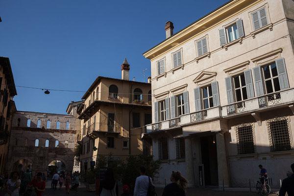 24.09. Verona - Piazza delle Erbe