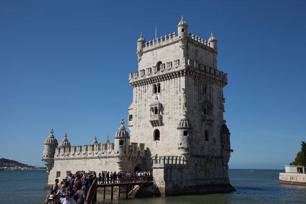 16.09. Am Tejo etlang kommen wir zum Torre de Belém.
