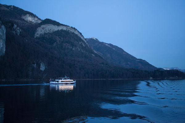 Von St. Wolfgang fahren wir mit dem Schiff nach St. Gilgen
