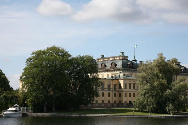 Schloss Drottnigholm ist neben seiner musealen Nutzung zugleich privater Wohnsitz der schwedischen Königsfamilie