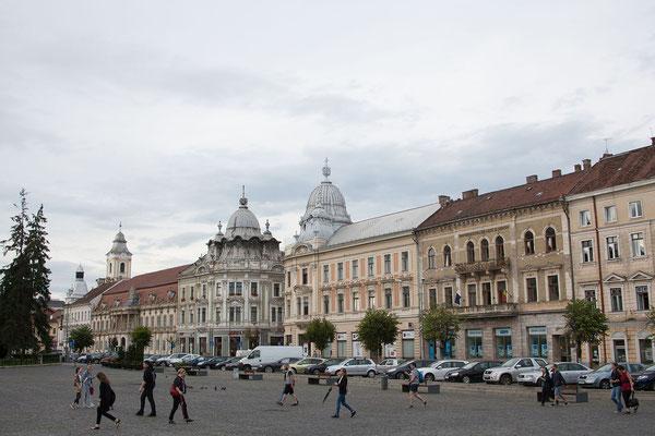 15.6. Es ist schön, wieder hier zu sein. Cluj ist die zweitgrößte Stadt Rumäniens, 20% der Bewohner sind Ungarn. Etwa 100.000 Studenten studieren an den Universitäten der Stadt.