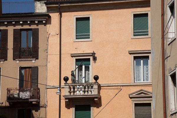 24.09. Verona - Piazza Brà