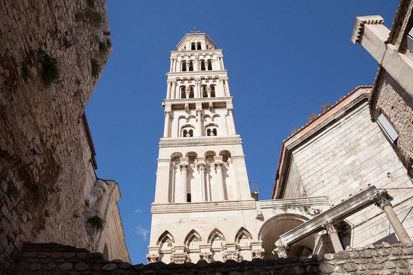 22.09. Split - Der Diokletianspalast ist eines der besterhaltenen Bauwerke der Antike (Kathedrale Sv. Duje).