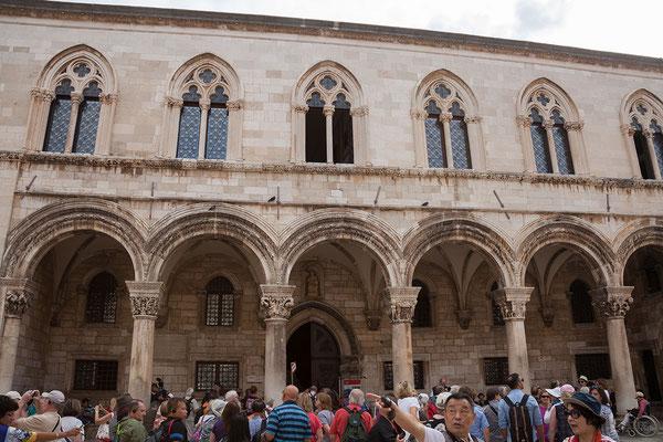 21.09. Dubrovnik - Der prunkvolle Rektorenpalast war einst Sitz des Rektors der Republik Ragusa.