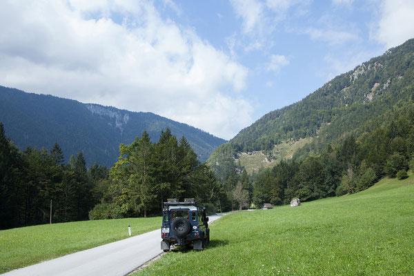 Von Bled nehmen wir eine schöne Nebenstrecke über Mojstrana bis nach Kranjska Gora.
