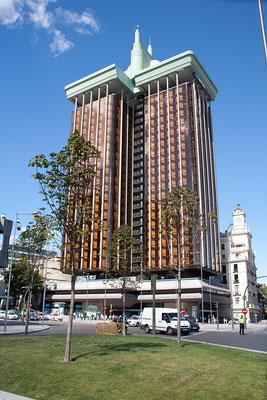 25.09. Plaza de Colón