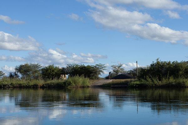23.4. Bootsfahrt auf dem Kavango: Blick auf unsere Campsite