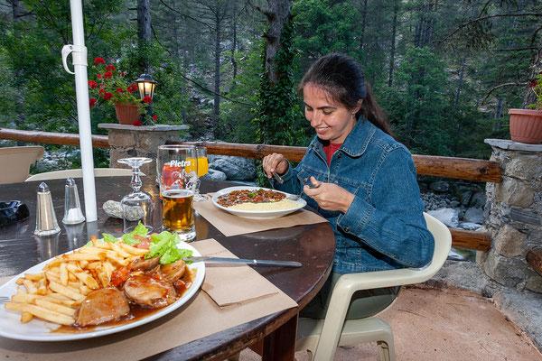 24.5. Am Camping Tuani im Restonica Tal übernachten wir und essen sehr gut.