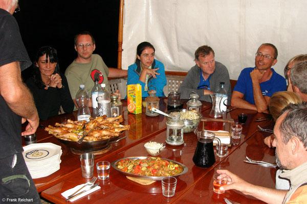 12.09. Abendessen, heute Nacht ankern wir in den Farinas.