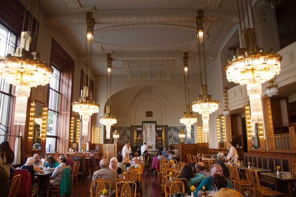 05.05. Café Obecní dům