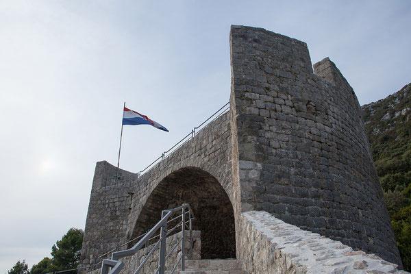 4.9. Besichtigung der Stadtmauer, Ston
