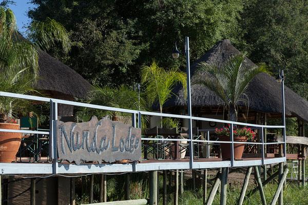 25.4. Am Nachmittag unternehmen wir eine Bootsfahrt auf dem Kavango von der Nunda River Lodge aus.