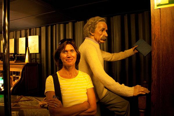 25.09. Sonja & Albert Einstein