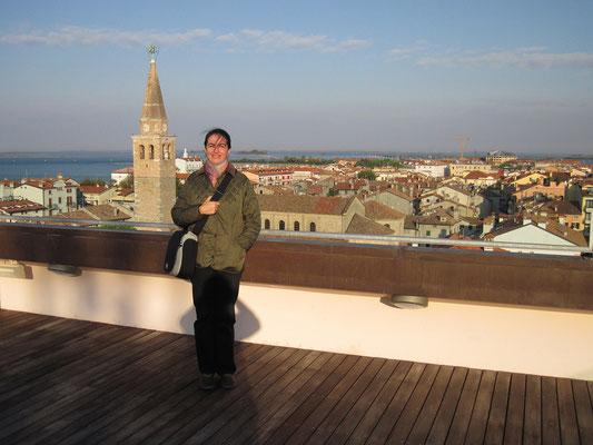 17.10. Auch in der Früh genießen wir den schönen Ausblick von unserer Dachterrasse.