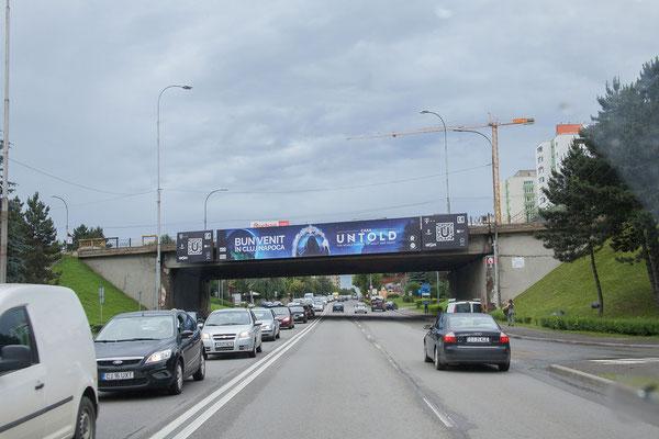 15.6. Wir erreichen im Berufsverkehr Cluj - wie im letzten Jahr - und das Navi führt uns bravourös zur schönen Pensiunea Sada.