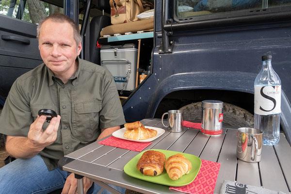 31.05. Frühstück am Camping de la Plage in Algajola