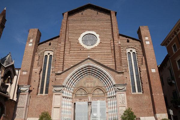 23.09. Verona - Die Chiesa Sant' Anastasia ist die größte Kirche Veronas.