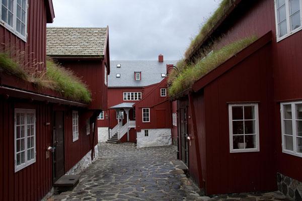 30.7. Färöer Inseln - Streymoy - Tórshavn (Regierungsviertel auf der Landzunge Tinganes)