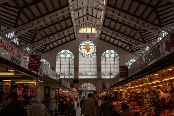 ... ist auch die schöne Markthalle.