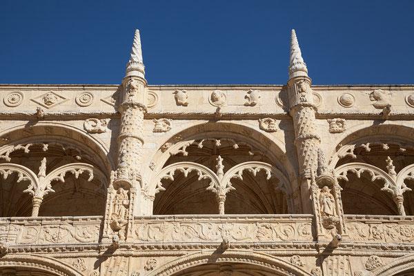 16.09. Die Bauarbeiten zum Mosteiro dos Jerónimos begannen 1501 und dauerten etwa 100 Jahre.