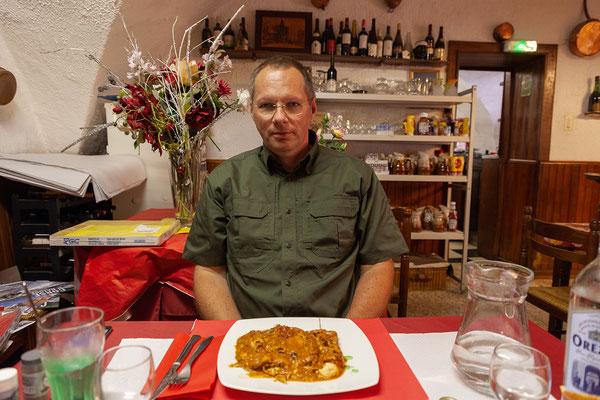 05.06. In Cervione essen wir ausgezeichnet. Cannelloni au Brocciu ..