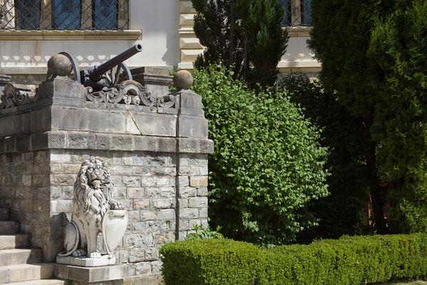09.06. Peleș: Das ab 1875 errichtete Schloß der Könige aus dem Hause Hohenzollern-Sigmaringen wurde von Nicolae Ceaușescu als Privatresidenz genutzt