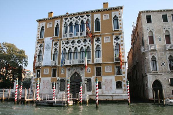 14.09. Im Vaporetto den Canal Grande entlang.