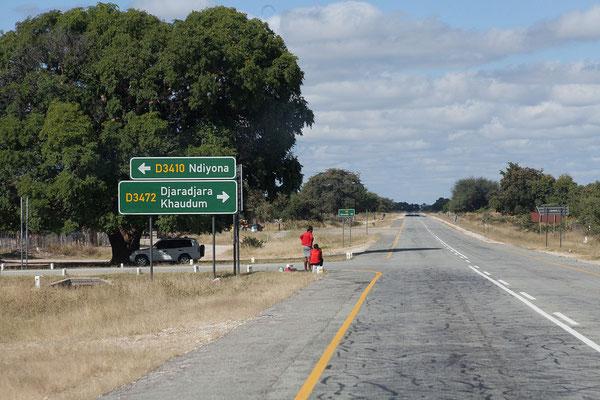 24.4. Zwischen Rundu und Divundu.