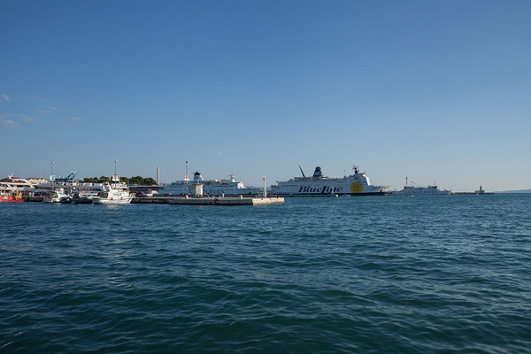 22.09. Split - Blick auf den Fährhafen
