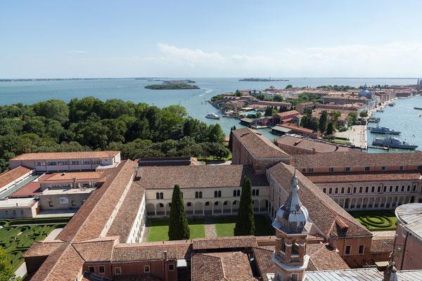 01.07. Vom Kirchturm von San Giorgio Maggiore haben wir einen wunderbaren Ausblick: Giudecca
