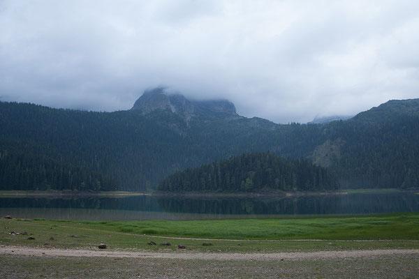 9.9. Der Crno Jezero ist einer von mehreren Gletscherseen im Durmitor.