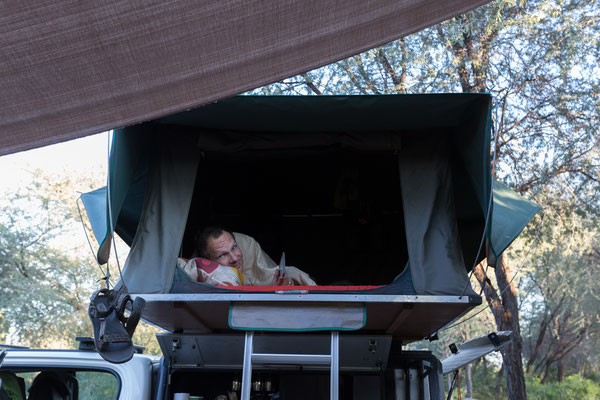14.05. Tiaans Camp, mittlerweile ist es recht frisch am Morgen und das Verlassen des gemütlichen Bettchens fällt schwerer.