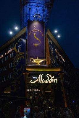 22.06. Am Abend sehen wir uns Aladdin in der Neuen Flora an