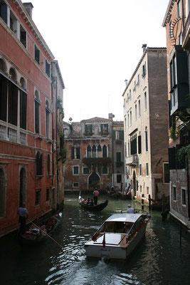 16.09. Canal in der Nähe des Gran Teatro La Fenice