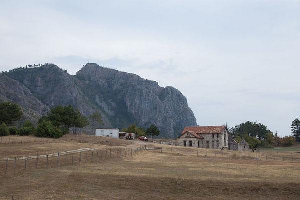 5.9. Über den Grenzübegang Kolbuk/Ilino Brdo gelangen wir nach Montenegro.