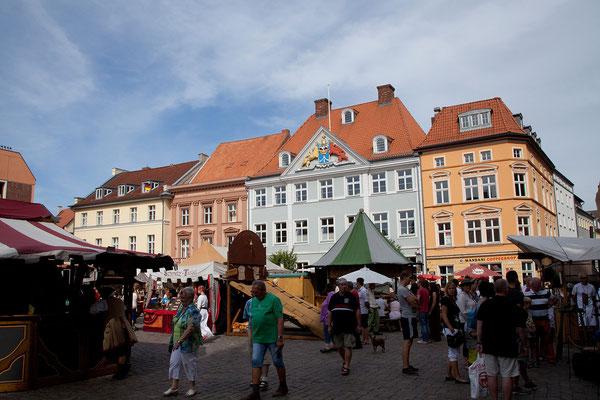 24.7. Stralsund - Alter Markt mit schwedischer Kommandantur