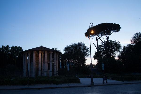 22.05. Wir sehen uns heute Rom bei Nacht an