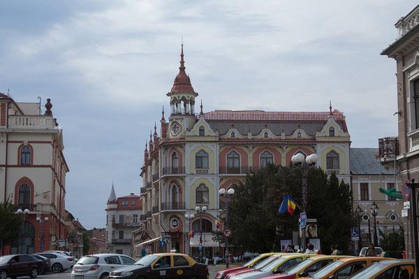 19.06. Oradea: Das Grand Hotel Astoria ist in einem Jugendstil Gebäude von 1925 untergebracht.
