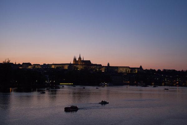 07.05. Sonnenuntergang an der Moldau