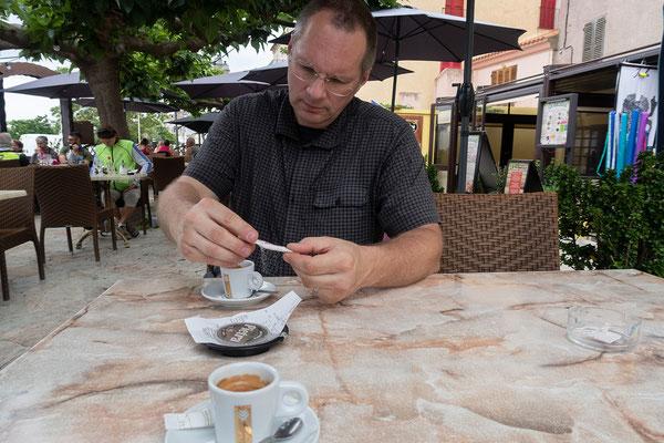 28.05. Kaffeepause in Marcinaggio