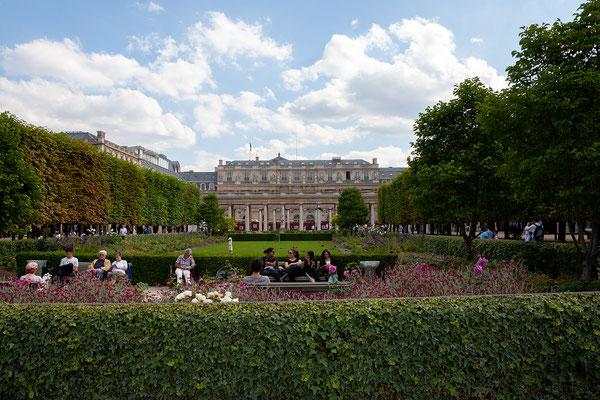 13.06. Jardin du Palais Royal