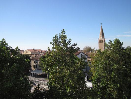 16.10. Bald darauf erreichen wir Grado und genießen die Aussicht von unserem Balkon.