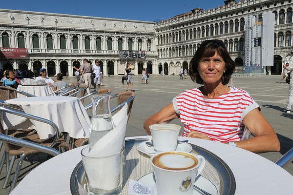 02.07. Ein Kaffee im Florian muss sein!